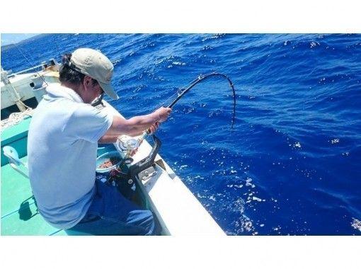 【名護・古宇利島】手ぶらでOK! B:船釣り乗合いプラン(1日コース)