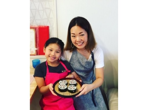 [Osaka-Nakazaki-cho] Let's make deco rolled sushi fun for parents and children! Elementary school classの紹介画像