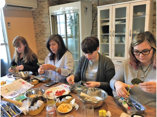 [ 東京 ·Yotsuya】人物午餐盒烹飪/ Chara-ben烹飪課の紹介画像