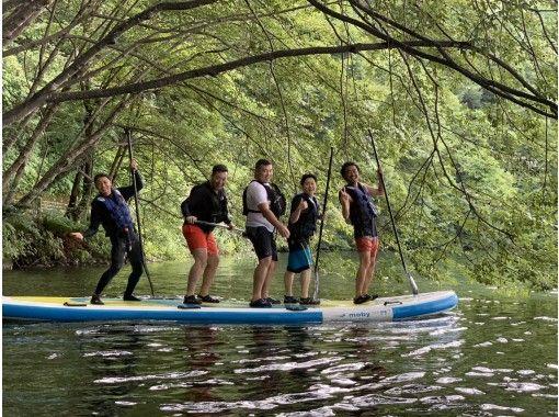 【長野・木崎湖】国内最大級のスーパービッグSUP(サップ)で水遊びツアー