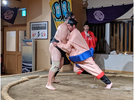 【東京・両国】日本の伝統文化体験<元力士による相撲デモストレーション>相撲に挑戦&ちゃんこ鍋ランチ