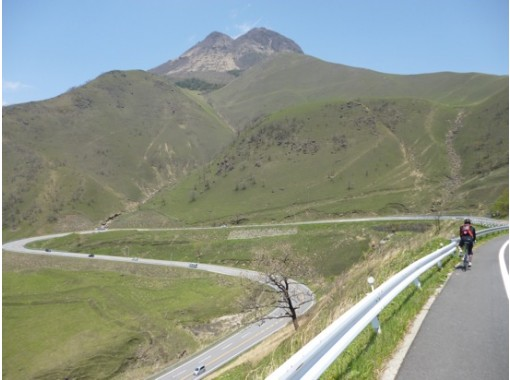 [Oita ・ Yufu city] welcome to your favorite place! Superb view Yufudake bicycle down ★ Yufuin courseの紹介画像