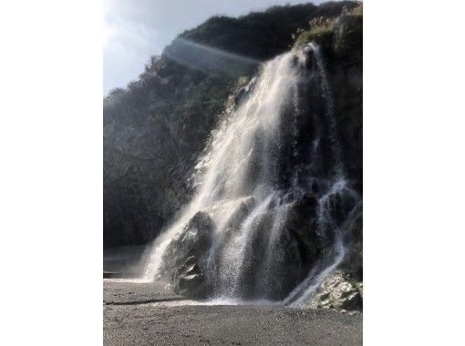 ★貸切★【鹿児島・奄美大島】カヤックで行く!奄美の秘境 海のトネヤツアーの紹介画像