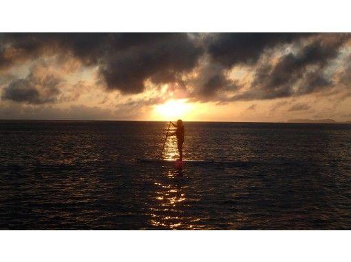 [沖縄-慶良間諸島·座間味島】搬家日的閉幕日! SUP日落之旅の紹介画像