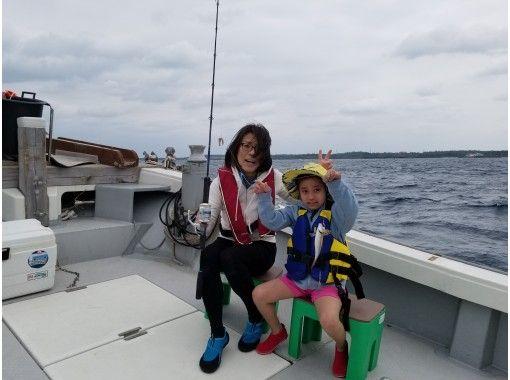 【沖縄・宮古島】初心者・女性も楽しめる!手ぶらでOK!宮古島で気軽に五目釣り体験★2時間コース