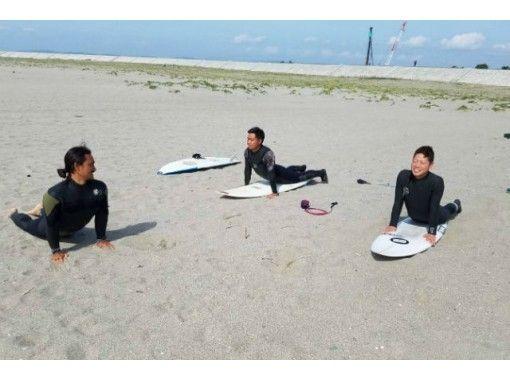【宮城・仙台・サーフィン】経験豊富なスタッフが優しくサポート!サーフィン体験