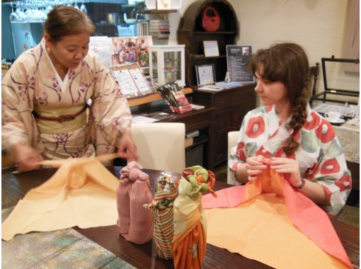 【広島・中区】ふろしき包み体験 - 1枚の布に日本の文化と知恵を学ぶワークショップ