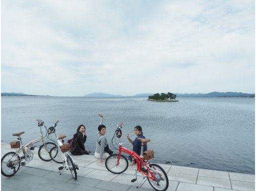 【島根・松江】地元ガイドが城下町をご案内!電動自転車でゆく、水の都 松江サイクリングガイドツアーの紹介画像