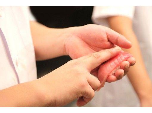 【大阪・大阪市】お腹も心も幸せに♪ 感動の本格寿司職人体験!握り8貫コース+ミニうどん+卒業証書