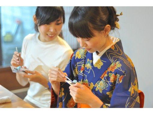 【京都・大徳寺&金閣寺】職人の町家で楽しむ!世界に一つのつまみ細工体験