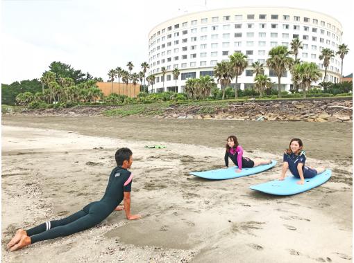 【宮崎青島】海まで徒歩1分!手ぶらでサーフィン体験コース!
