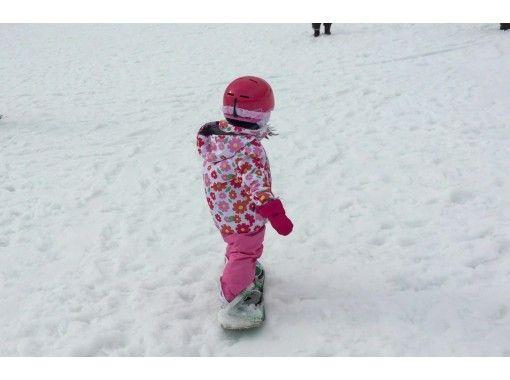 【滋賀・大津市】「キッズレッスン」5才~6才対象!スノーボードを楽しむ事から始めよう!