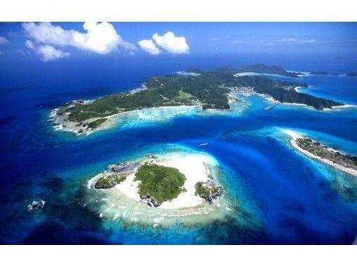 【慶良間・阿嘉島開催 約90分】阿嘉島集落めぐりツアー・歴史や文化 絶景までのんびり歩いて島内散策
