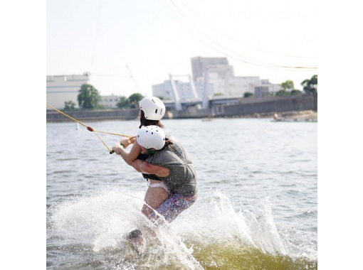 [Hyogo/ Nishinomiya] Enjoy from beginner to advanced! Cable Wakeboarding experienceの紹介画像