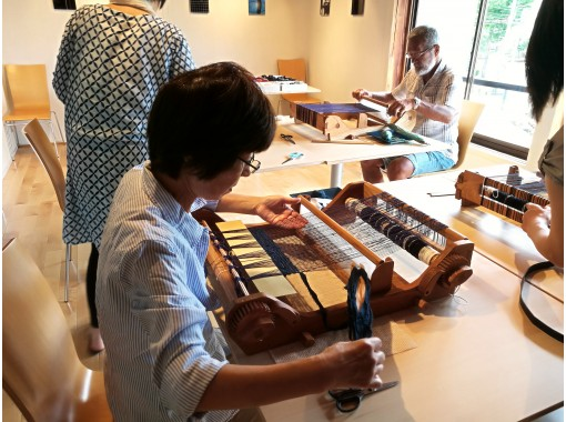 [Niigata / Tokamachi] Original textiles Hand-woven stoles and accessories woven in the town of kimonoの紹介画像