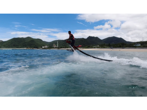 挑戦者募集中!空飛ぶバイク!【ジェットベイダー】サンライズマリン沖縄で体験できます!