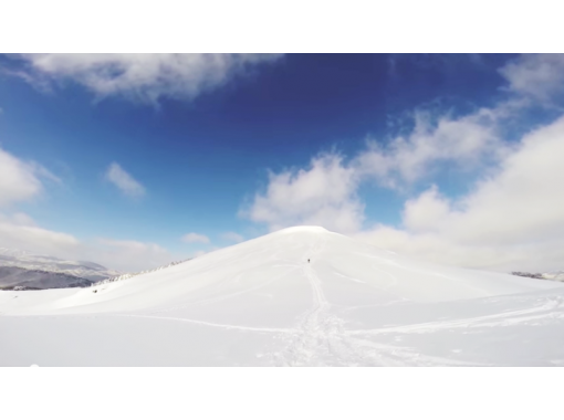 [Hiroshima/ Nishi Ward] Enjoy powder snow that cannot be experienced on the slopes! Backcountry half-day tour!の紹介画像
