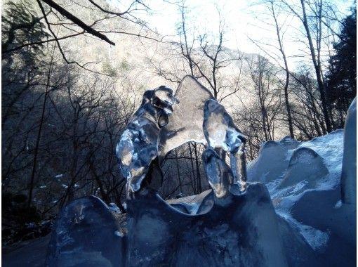 大峰山 スノートレッキング 氷瀑&氷筍ツアーの紹介画像