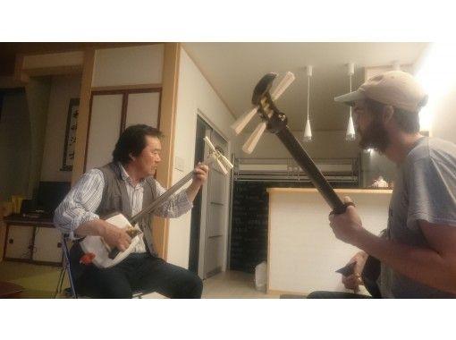 【青森・五所川原】本場!津軽三味線レッスン体験