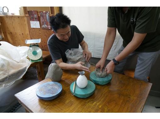 【奈良・王寺】初心者大歓迎!手ひねりでかわいい小皿を作ってみよう!