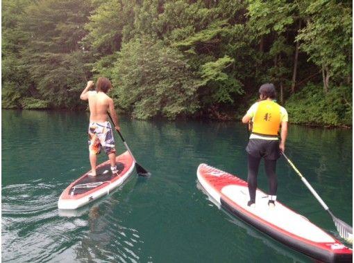 [Nagano/ Omachi-shi SUP]Rental-Transparency A leisurely walk on the lake at Lake Aoki ♪の紹介画像