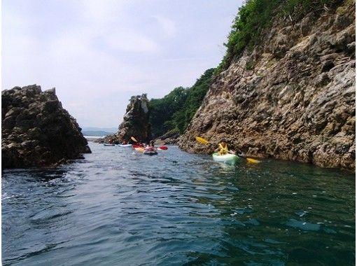 【岩手県・浄土ヶ浜】シーカヤックで奇岩の迫力を間近で体験!初心者・女性・お子様歓迎!
