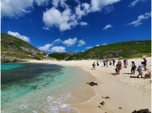[half-day tour of the South Island] A superb view of Ogasawara! Landing on the South Island of Galapagos, the Orientの紹介画像
