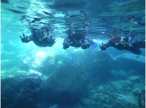 【兵庫・日本海/青の洞窟】シュノーケリング&クルージングツアー!泳げない方やお子様もOK!