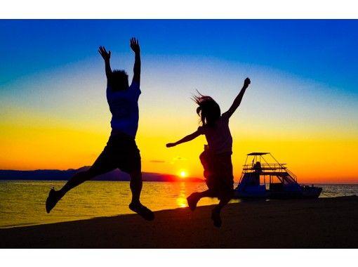 【沖縄・小浜島】地域共通クーポンOK!絶景の『幻の島』でサンセットタイム!絶景を味わうサンセット体験!