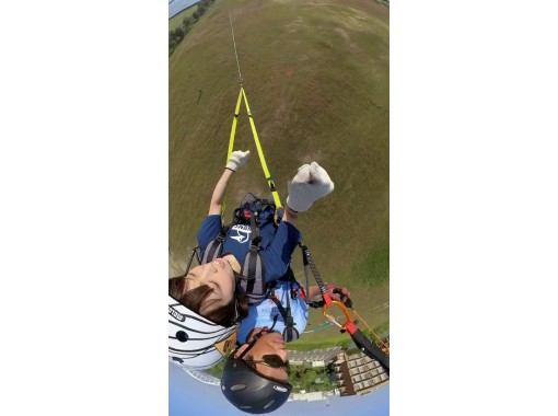 Osaka Maishima Paragliding experience Osaka two-seater with the instructor hoping the Bay!の紹介画像