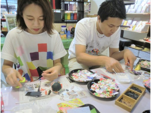 """[Gifu / Mino] Great value with a set ♪ Handmade experience of """"Washi Korokoro"""" + """"Washi brush stand""""! Popular with families and girls traveling! [Free service] Gachapon once!の紹介画像"""