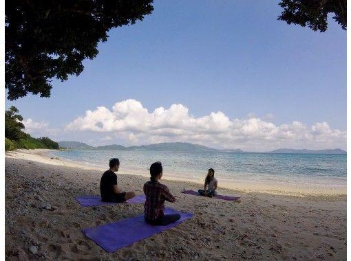 【沖縄・石垣島】1組貸切!石垣ブルーの海でビーチヨガ 地域共通クーポン利用可能プラン