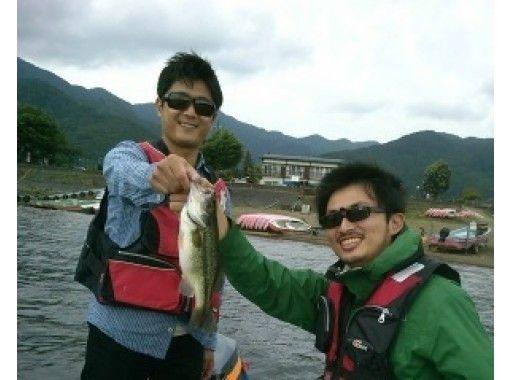 河口湖バス釣り教室(バスボートコース)2名様向け
