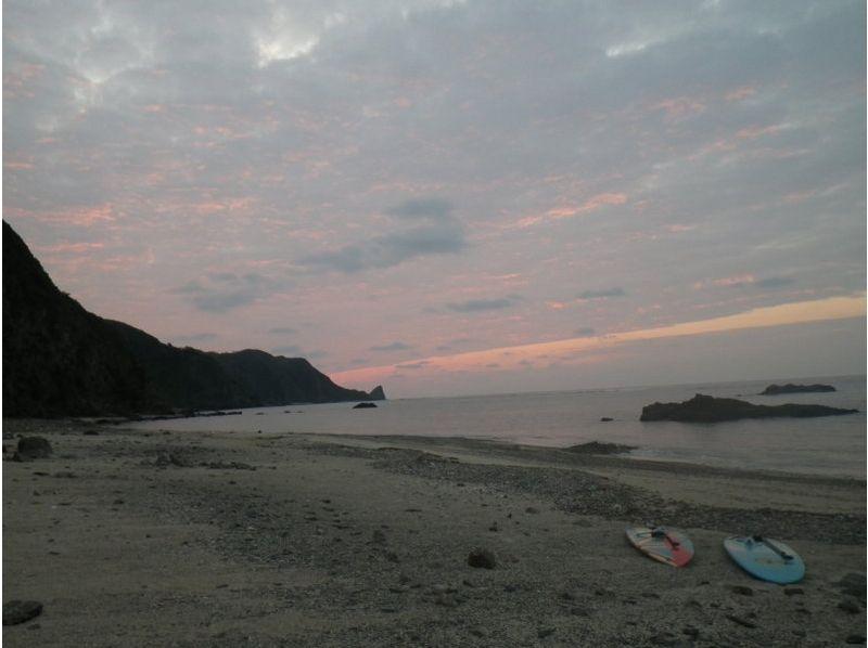 【沖縄・嘉陽】キャンプスタイル!SUP・シュノーケリングでワイルド体験!の紹介画像
