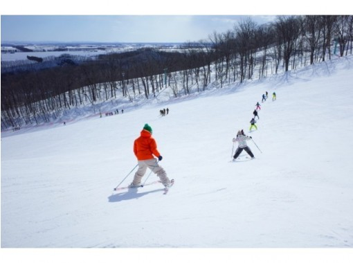[Gunma / Minakami] [Ski & snowboard Class] <Small Number of participants / 4 hours all day> Complete reservation system! Business trip type! Beginners! Group Available for block bookings ability!の紹介画像