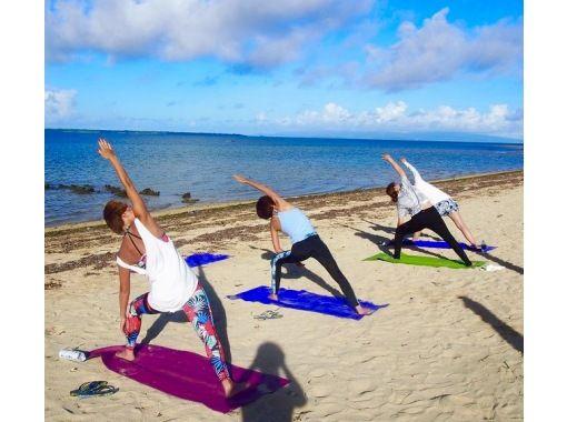 [오키나와 · 이시가키지마] MORNING BEACH YOGA (아침 요가)の紹介画像