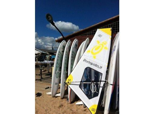 【大分・住吉浜リゾートパーク】「ウィンドサーフィン」を体験しよう。初心者歓迎。2時間体験プランの紹介画像