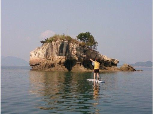 【広島・尾道】初心者におすすめ!穏やかな波の瀬戸内 百島でスタンドアップパドルに挑戦・体験コース