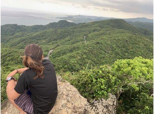 【沖縄・石垣島】お手軽絶景プチ登山&シュノーケルコース(写真データ無料)