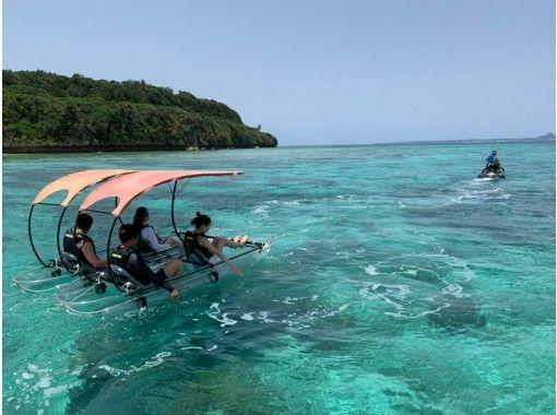 [冲绳/本部/ Sesoko岛]玻璃独木舟观光游30分钟路线!の紹介画像