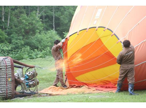 [Iwate / Geto Kogen] Hot-air balloons / Children and elderly people can feel free to experience it!の紹介画像