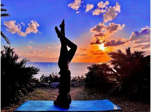 [冲绳/宜野湾、滨比贺] 海上运动无限畅玩 早晨沙滩瑜伽 1小时(带儿童游泳池) 免费照片礼物! !!の紹介画像
