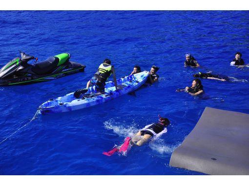 ★沖縄・本島最南端で4,800円で全部込み込みボート・アクティビティ。(シュノーケリング、SUP、トーイングフロート、ウエイクボード、釣り)の紹介画像