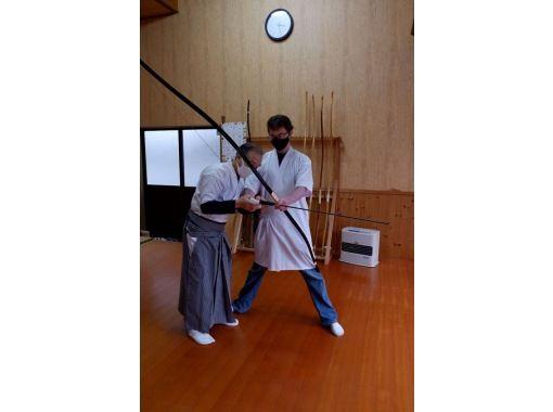 【秋田・能代市】白神山地の麓のお寺で弓道体験の紹介画像