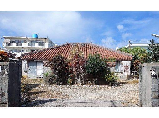 【沖縄県・石垣島】MATYUKAJI・島の風をうけながら町を歩こう「赤瓦裏路地めぐりコース」