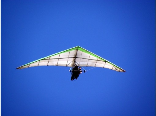 [Overlooking the Mount Fuji] Beginners welcome! Tandem hang gliderの紹介画像