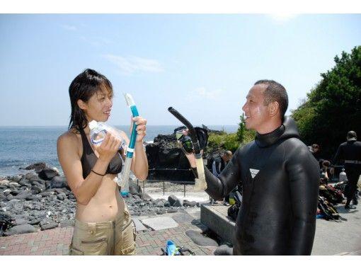 【静岡・伊豆海洋公園】シニア向けオープンウォーターダイバー(ダイビングライセンス4日間)