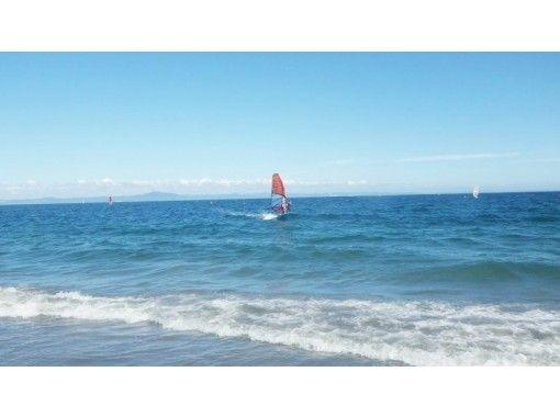 【三浦・津久井浜】3日間コース!ウインドサーフィンを始めたい方にオススメ!の紹介画像