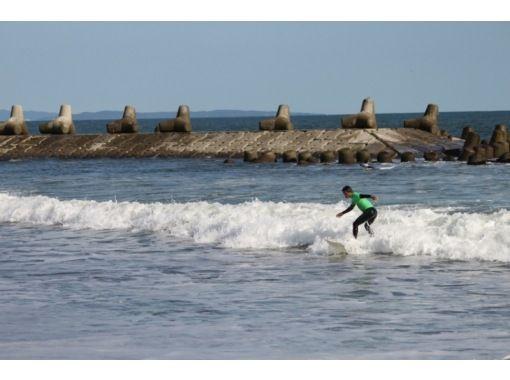 【宮城・石巻】自分のレベルに合わせてのんびりサーフィンスクール!