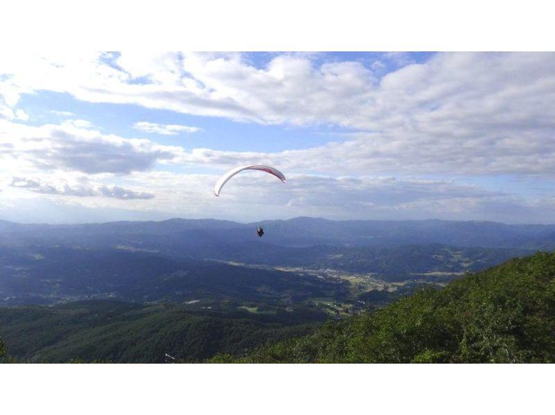 【岩手でパラグライダー】欲張りにミニチャレンジ&タンデムフライト満喫ブラン!(1日コース)の紹介画像